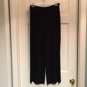 Chico's Travelers black cropped wide leg pant